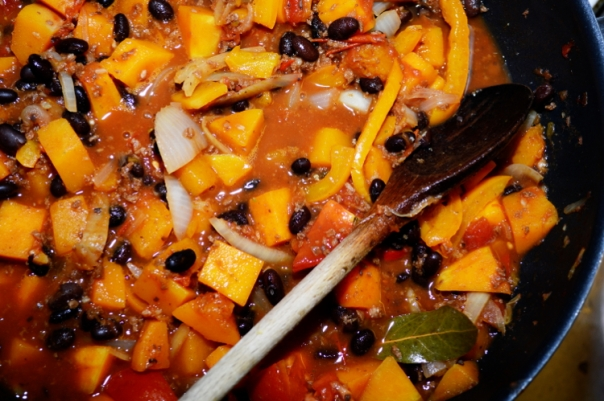 2women2cats: Pumpkin Black Bean Chili