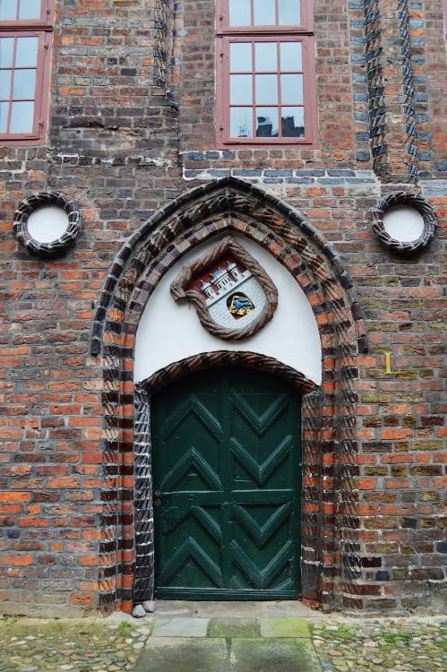 Rathaus door, Lüneburg