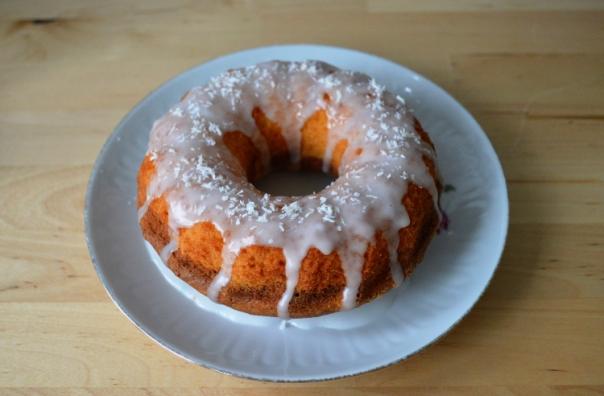 2women2cats: Small Bundt Cake